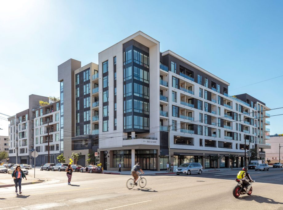 Example of Multifamily Architecture Design by KTGY Architecture + Planning Firm